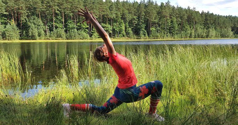 Wakacyjne zajęcia jogi (stacjonarnie + on line)
